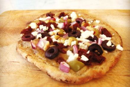 tahini pizza
