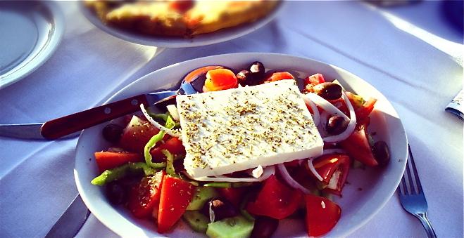 how to make a good greek salad