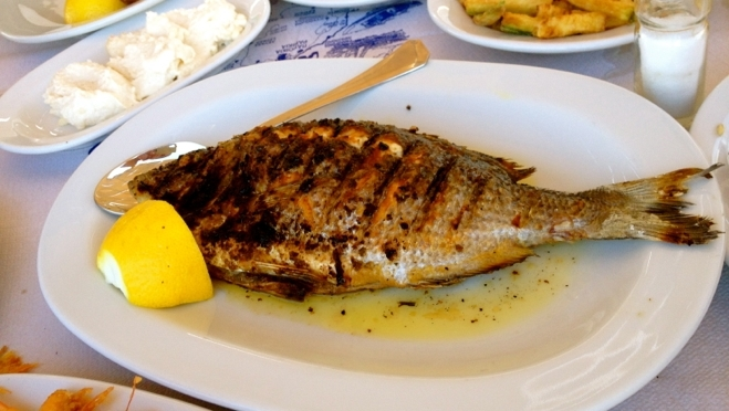 What to eat on a greek island for Island fish grill