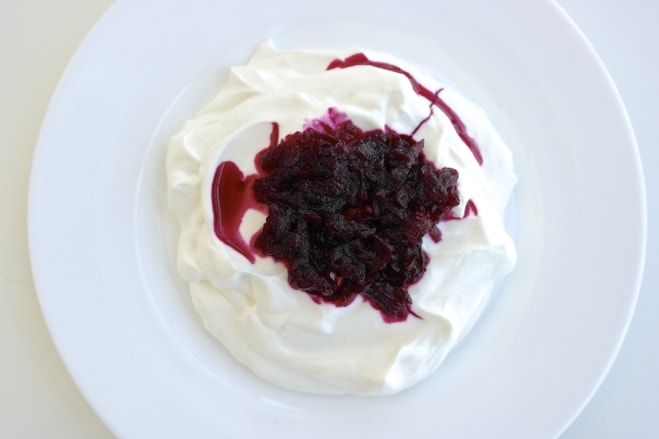 Beet preserves with Greek yogurt