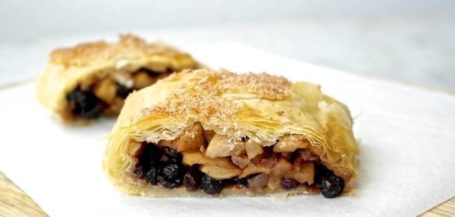 phyllo apple strudel