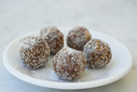 amygdalota-Greek almond sweets