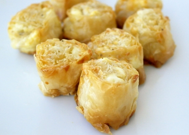 Greek Feta-Phyllo Bites. Cheese Saragli
