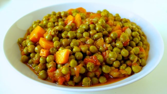 Greek peas arakas
