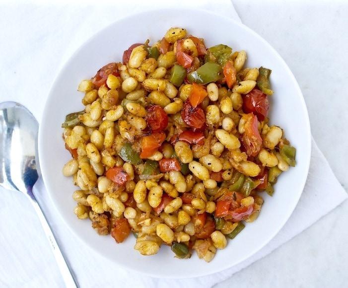 Greek roasted white beans
