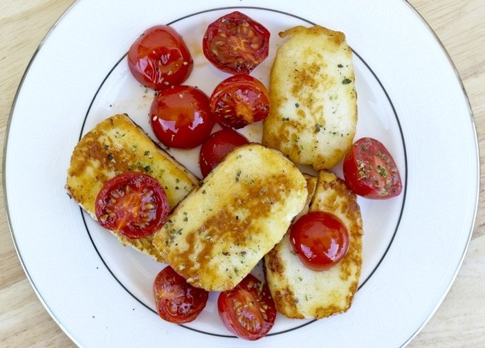Fried Halloumi Cheese with Cherry Tomatoes