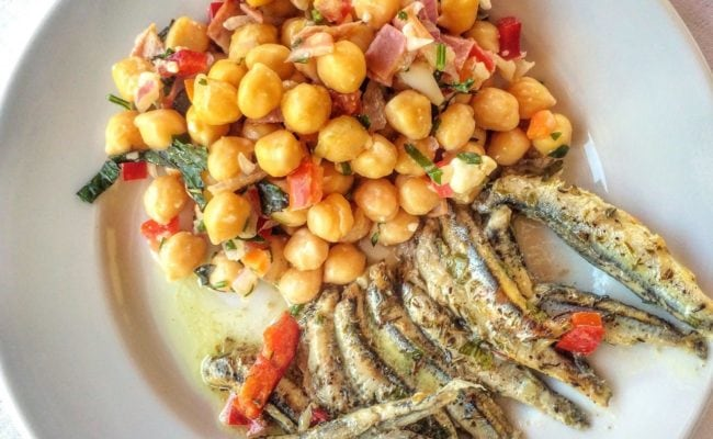 Chickpeas and anchovies