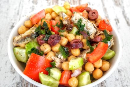 Five Minute Colorful Mediterranean Salad with Sardines and Chickpeas
